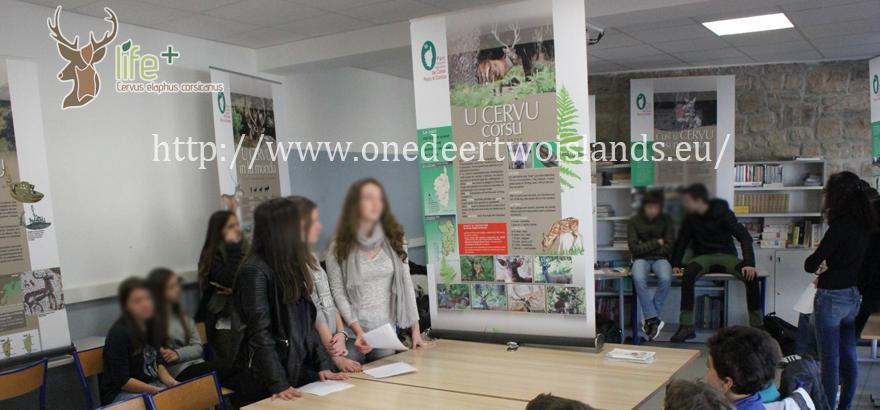 élèves dans l'école (PNRC)