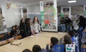 Studenti a lezione di ambiente (PNRC)
